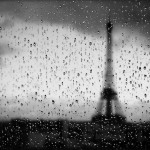 blur_dark_eiffel_tower_wallpaper,1990x1440,63119