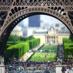 close_up_eiffel_tower_wallpaper,1990x1440,63116
