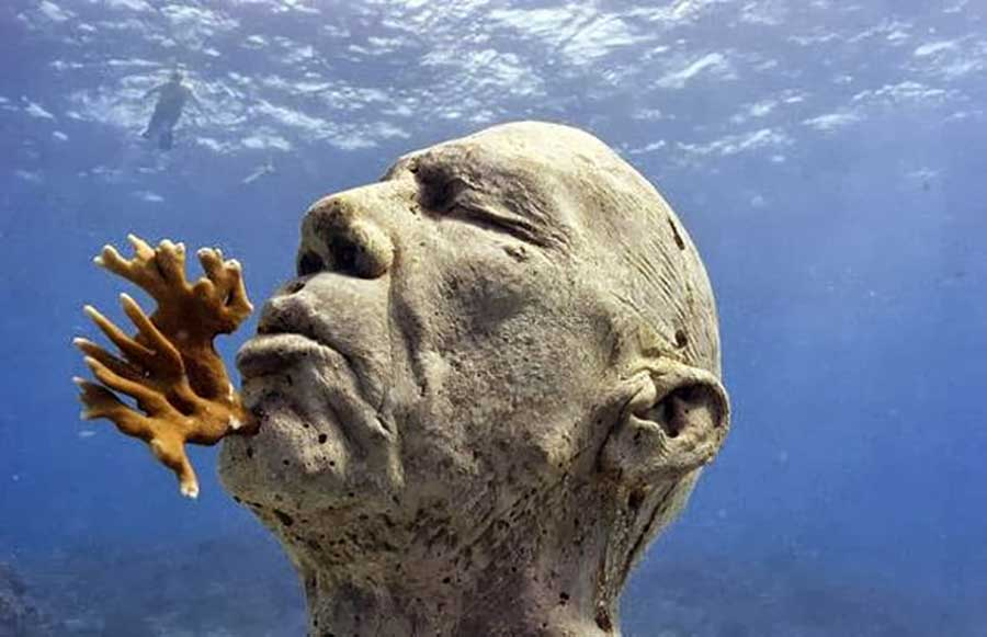 The worlds most famous underwater sculpture museum (11)