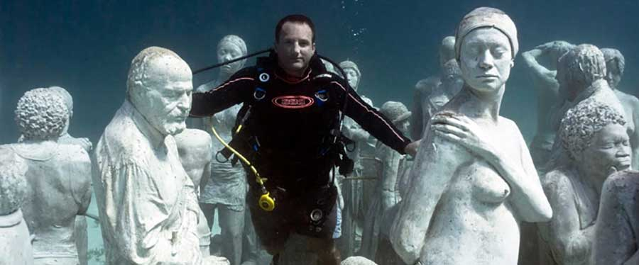 The worlds most famous underwater sculpture museum (3)