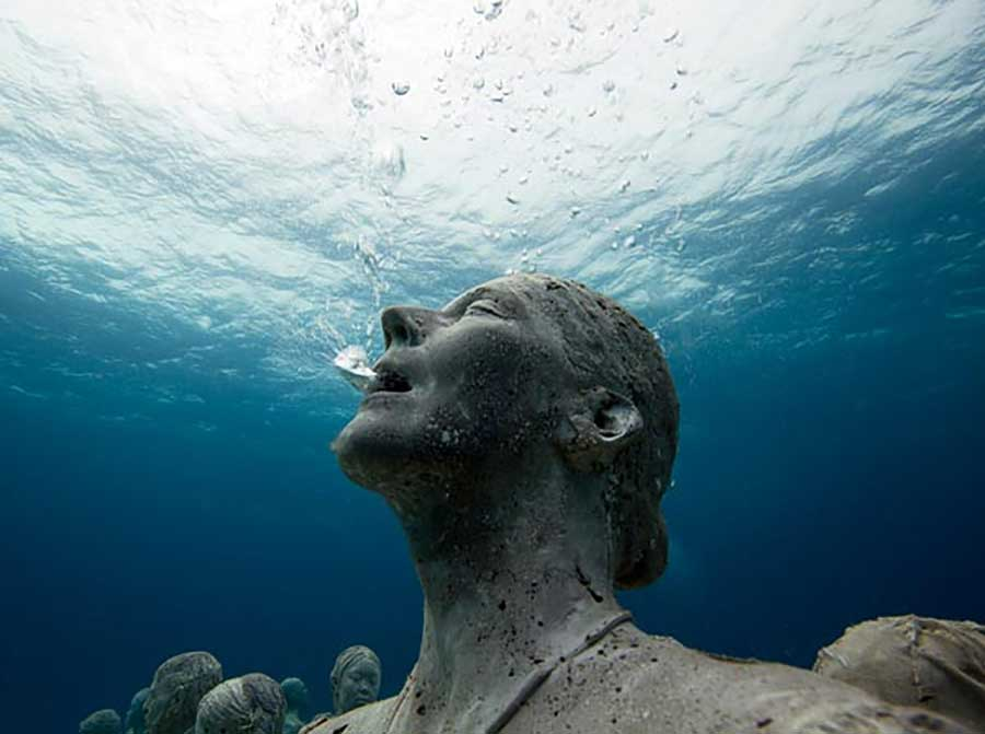 The worlds most famous underwater sculpture museum (5)