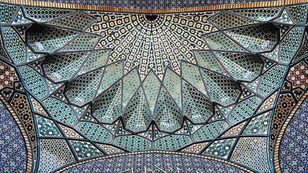 Iranian Mosque Ceilings (18)